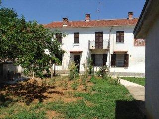 Foto 1 di Casa indipendente via Circonvallazione, Cellarengo