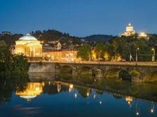 Foto 1 di Trilocale Torino (zona Precollina, Collina)