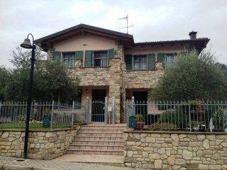 Foto 1 di Villa via Rocchetta, Monterenzio