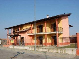 Foto 1 di Quadrilocale Livorno Ferraris