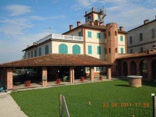 Foto 1 di Casa indipendente via gioberti, Revigliasco D'asti