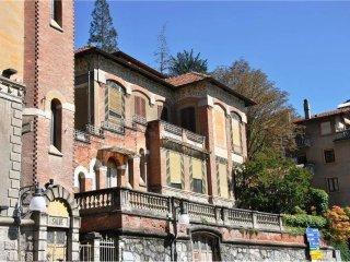 Foto 1 di Villa via Ponte Romano 1, Saint Vincent