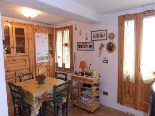 Foto 1 di Bilocale frazione Vidiciatico, Lizzano In Belvedere
