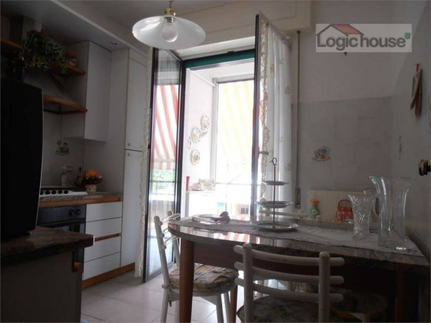 Foto 3 di Quadrilocale via rusca, 23, Savona