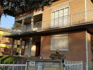 Foto 1 di Villa Spilamberto