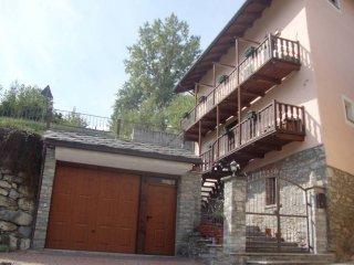 Foto 1 di Villa Località Moulins, Aymavilles