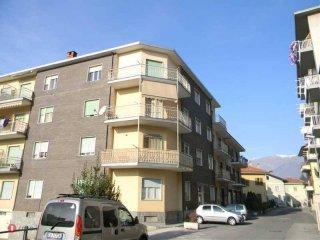 Foto 1 di Bilocale via Roma 24, Villar Perosa