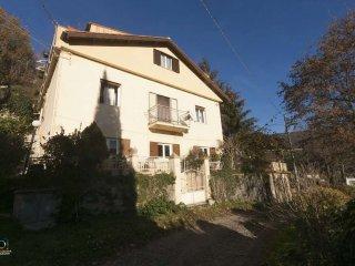 Foto 1 di Casa indipendente frazione Ponte Rosso, Mignanego