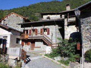 Foto 1 di Casa indipendente borgo Località Liex, frazione Liex, Antey Saint Andrè