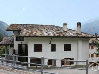 Foto 1 di Bilocale via Frazione Chaloz 22, frazione Servaz, Valtournenche