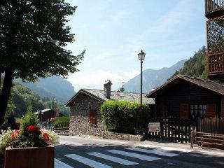 Foto 1 di Casa indipendente strada Antey Saint André frazione ruvere  3, Antey Saint Andrè