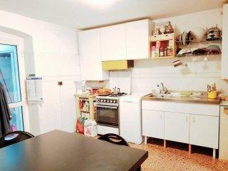 Foto 1 di Trilocale strada Statale 1 Via Aurelia, Genova (zona Voltri)