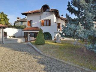 Foto 1 di Villa Unifamiliare via Fratelli Cervi, frazione Testona, Moncalieri
