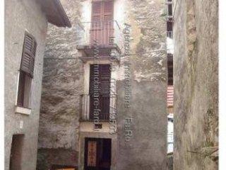 Foto 1 di Bilocale LAGO MAGGIORE, frazione Cinzago, Cannobio