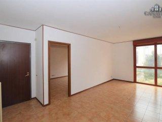 Foto 1 di Appartamento via Antonio Uligini 18, Rivarolo Canavese