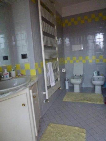 Foto 12 di Appartamento Asti