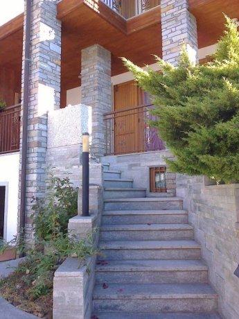 Foto 2 di Villa via Bonaventure Philibert Bornyon, Aosta