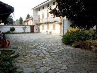 Foto 1 di Casa indipendente via Maestra, Villareggia