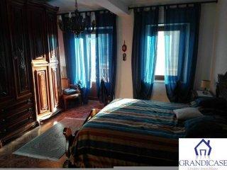 Foto 1 di Casa indipendente Lauriano