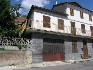 Foto 1 di Casa indipendente via AL CASTELLO, 12, Frinco