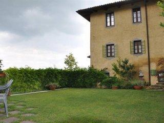 Foto 1 di Appartamento via Pallone, Novello