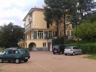 Foto 1 di Quadrilocale Via Vicomorasso 22, Sant'olcese