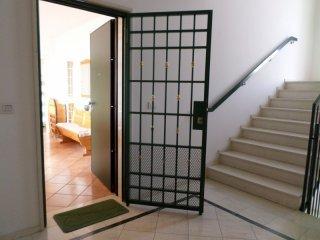 Foto 1 di Appartamento via gobetti, Bologna (zona Bolognina)