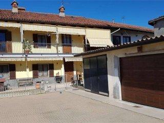 Foto 1 di Villa via motta sanctus, Pinerolo