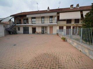 Foto 1 di Villa via Rattera, frazione San Bernardo, Carmagnola