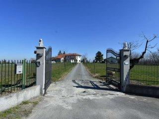Foto 1 di Casa indipendente rocca grimalda, Rocca Grimalda
