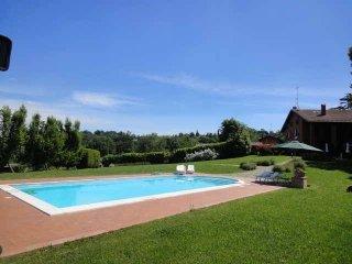 Foto 1 di Villa via CAVAIONI, Bologna