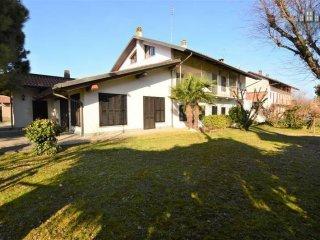 Foto 1 di Casa indipendente Borgo San Francesco Benne 10-14, Oglianico