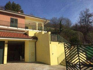 Foto 1 di Villa Unifamiliare strada Cordova, frazione Cordova, Castiglione Torinese