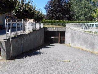 Foto 1 di Box / Garage Luserna San Giovanni