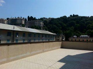 Foto 1 di Trilocale piazza Sopranis 36D/19, Genova (zona San Teodoro)