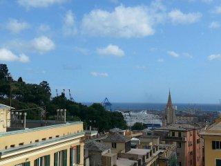 Foto 1 di Appartamento Piazza Sopranis 36A/16, Genova (zona San Teodoro)