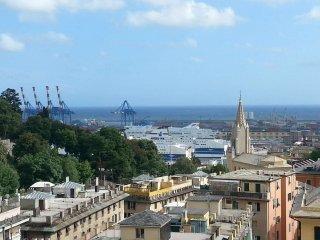 Foto 1 di Trilocale piazza Sopranis 36A/25, Genova (zona San Teodoro)