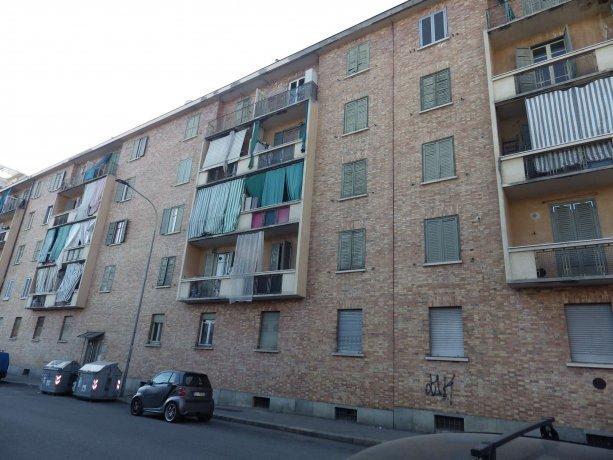 Foto 8 di Bilocale via Aosta  31, Torino (zona Valdocco, Aurora)