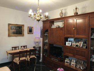 Foto 1 di Appartamento VIA LORENZO GHIGLINI, Genova (zona Quinto-Nervi)