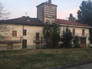 Foto 1 di Rustico / Casale piazza Maritano, Giaveno