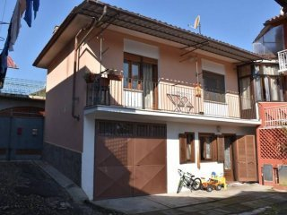 Foto 1 di Casa indipendente Romano Canavese