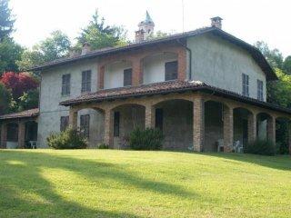 Foto 1 di Casa indipendente via Montechiaro, 16, frazione Callianetto, Castell'alfero