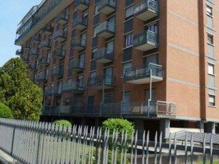 Foto 1 di Trilocale via Italo Pizzi 11, Torino (zona Mirafiori)