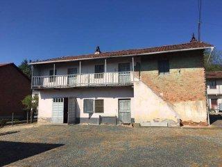 Foto 1 di Villa strada Provinciale 110 24, Santo Stefano Roero