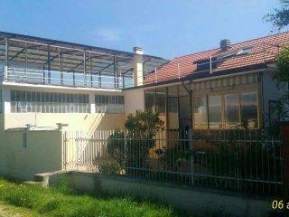 Foto 1 di Casa indipendente strada della pellerina, Torino (zona Parella, Pozzo Strada)