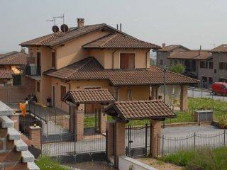 Foto 1 di Villa via Bivio 13E, Frossasco