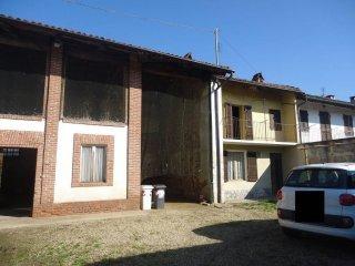 Foto 1 di Rustico / Casale Osasio