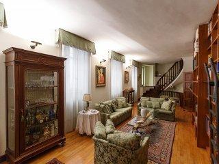 Foto 1 di Casa indipendente Via Gallardi, Vercelli