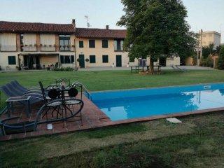 Foto 1 di Cascina via Riva 84, frazione Bausone, Moriondo Torinese