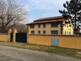 Foto 1 di Casa indipendente via Montanara, Castenaso